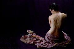 Mujer con el tatuaje de la alheña Imagen de archivo libre de regalías