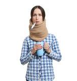 Mujer con el termómetro imagen de archivo libre de regalías