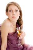 Mujer con el vidrio de champán Fotografía de archivo libre de regalías