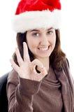 Mujer con gesto de mano aceptable Fotografía de archivo libre de regalías