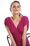 Mujer con la alineada rosada hermosa Fotografía de archivo