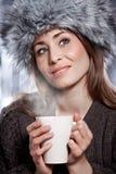 Mujer con la bebida del café Fotografía de archivo