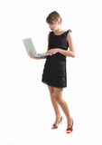 Mujer con la computadora portátil Imagen de archivo libre de regalías