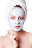 Mujer con la máscara cosmética fotografía de archivo libre de regalías