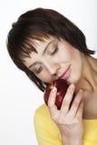 Mujer con la manzana foto de archivo libre de regalías