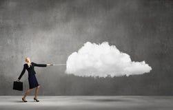 Mujer con la nube fotografía de archivo