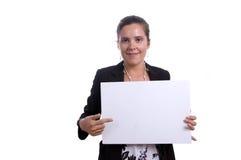 Mujer con la tarjeta en blanco imagen de archivo