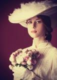 Mujer con la taza de té Imagen de archivo libre de regalías