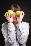 Mujer con las manzanas Imágenes de archivo libres de regalías