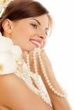 Mujer con las perlas Fotos de archivo libres de regalías
