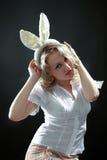 Mujer con los oídos foto de archivo libre de regalías