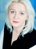 Mujer con los ojos azules Imagenes de archivo