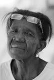 Mujer con los ojos tristes del Brasil imagenes de archivo