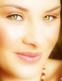 Mujer con los ojos verdes Imágenes de archivo libres de regalías