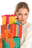 Mujer con los regalos Fotos de archivo