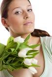 Mujer con los tulipanes Imagen de archivo libre de regalías