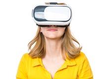 Mujer con los vidrios de VR Foto de archivo libre de regalías