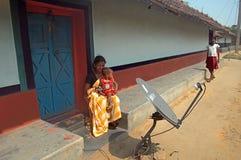 Mujer con su niño Imagen de archivo libre de regalías