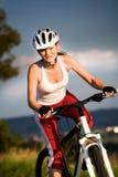 Mujer de ciclo fotos de archivo