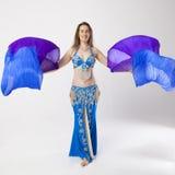 Mujer de la bailarina de la danza del vientre Foto de archivo libre de regalías