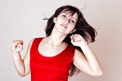 Mujer de la belleza con los pelos en el viento Fotos de archivo libres de regalías