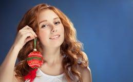 Mujer de la belleza de la Navidad El día de fiesta compone cristo Imágenes de archivo libres de regalías
