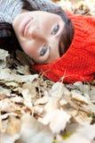 Mujer de la caída de Atumn Imagen de archivo libre de regalías