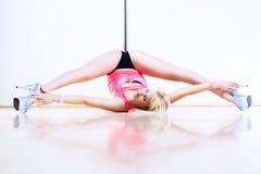 Mujer de la danza de poste Fotografía de archivo