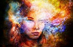 Mujer de la diosa en espacio cósmico Fondo cósmico del espacio