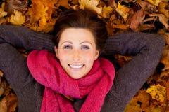 Mujer de la estación del otoño Imagen de archivo libre de regalías