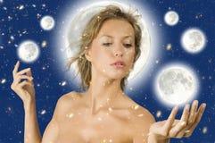Mujer de la estrella en la luna Foto de archivo
