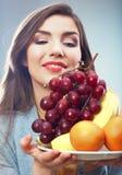 Mujer de la fruta aislada Imagenes de archivo