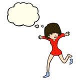 mujer de la historieta que golpea apagado el calcetín con el pie con la burbuja del pensamiento Imágenes de archivo libres de regalías