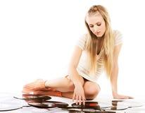 Mujer de la música sobre el fondo blanco Imagen de archivo