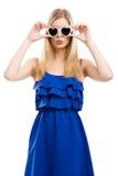 Mujer de la manera con las gafas de sol Foto de archivo