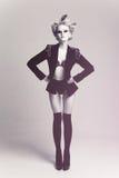 Mujer de la manera en capa Fotografía de archivo