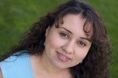 Mujer de la sonrisa fotografía de archivo libre de regalías