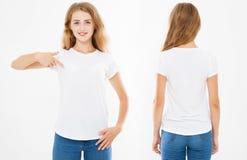 Mujer de la sonrisa señalada en la camiseta blanca El frente fijado del collage detrás ve a la muchacha en la camiseta elegante,  imágenes de archivo libres de regalías
