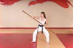 Mujer de los artes marciales Imagenes de archivo