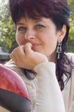 Mujer de mediana edad atractiva Imágenes de archivo libres de regalías