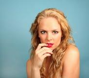 Mujer de mirada atractiva Fotos de archivo