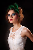 mujer de moda en fondo oscuro Fotografía de archivo libre de regalías