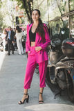 Mujer de moda en la semana de la moda del ` s de Milan Men Imagenes de archivo