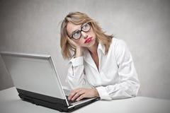 Mujer de negocios aburrida Fotos de archivo libres de regalías