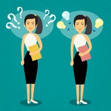 Mujer de negocios asiática con concepto de la idea de Mark Light Bulb Problem And de la pregunta nuevo Fotos de archivo