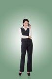 Mujer de negocios asiática confidente imagen de archivo libre de regalías