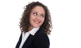 Mujer de negocios bastante joven aislada que mira de lado Fotos de archivo libres de regalías