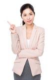 Mujer de negocios con el destacar del finger Imágenes de archivo libres de regalías