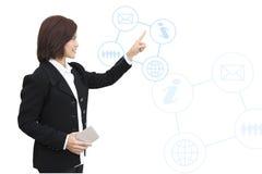 Mujer de negocios con el gráfico de la información del negocio Fotos de archivo
