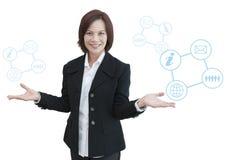 Mujer de negocios con el gráfico de la información del negocio Imagenes de archivo